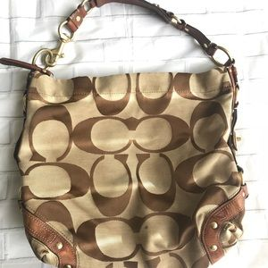 COACH Signature Large CARLY Style 10620 Hobo